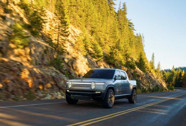 Le pickup électrique Rivian R1T sera montré au... (photo REUTERS)