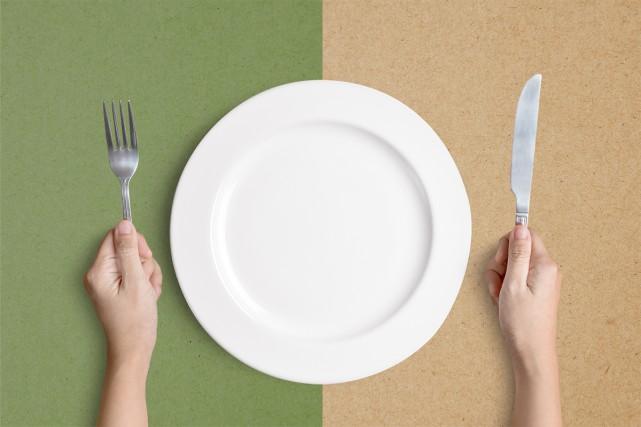 Manger est une source de plaisir et de... gaz à effet de serre. Comment verdir... (Photomontage La Presse)