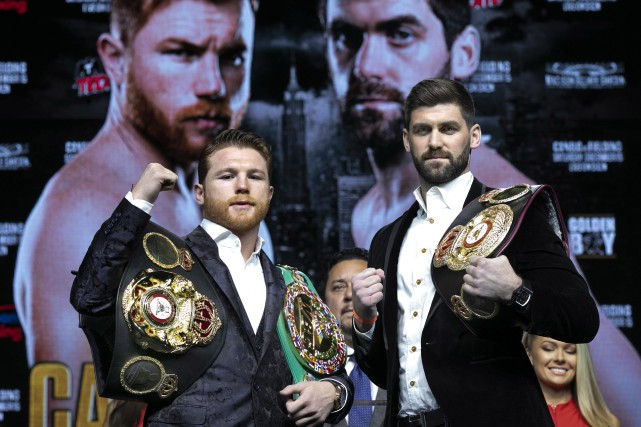 Le combat entre Saul «Canelo» Alvarez et Rocky... (Photo Richard Drew, Associated Press)