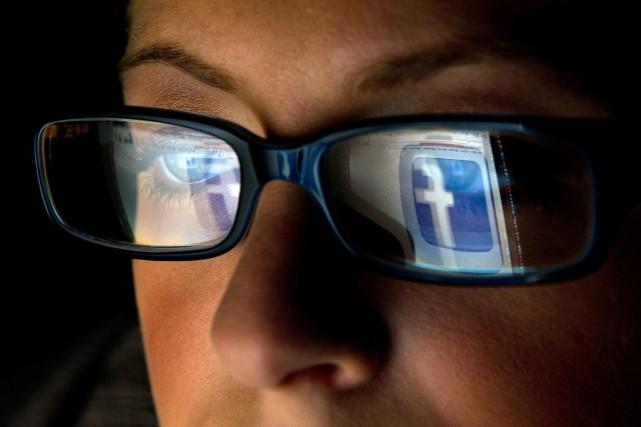 Ottawa avalise un article de l'ACEUM conférant l'impunité aux géants du web