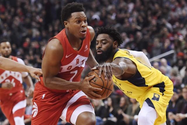 Kyle Lowry a fait un retour au jeu remarqué, aidant les Raptors de Toronto à... (PHOTO PC)