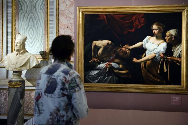 La toile Judith décapitant Holopherne, retrouvée en 2014... (Photo Vincenzo PINTO, archives AFP)