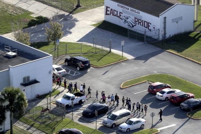 Le shérif affirme avoir été suspendu pour des... (Photo Mike Stocker, archives AP)