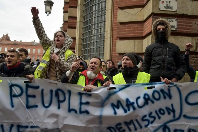 Une manifestation de gilets jaunes au centre-ville de... (PHOTO AFP)