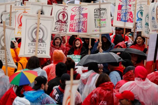 Cette grève survient après des mois d'intenses négociations... (PHOTO REUTERS)