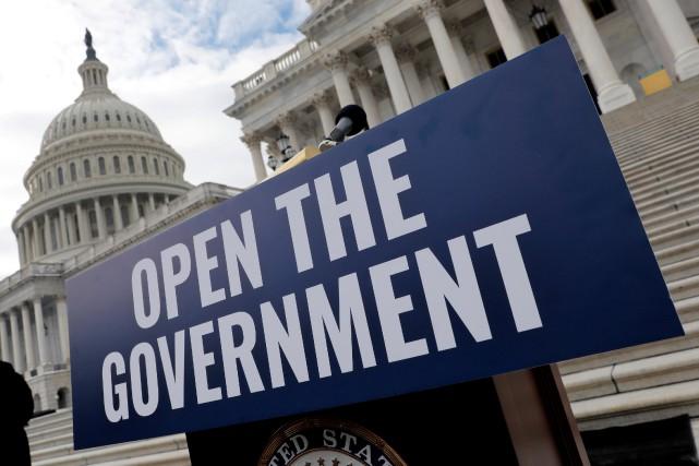 nouvel ordre mondial | Le département d'État rappelle tous ses employés malgré le shutdown