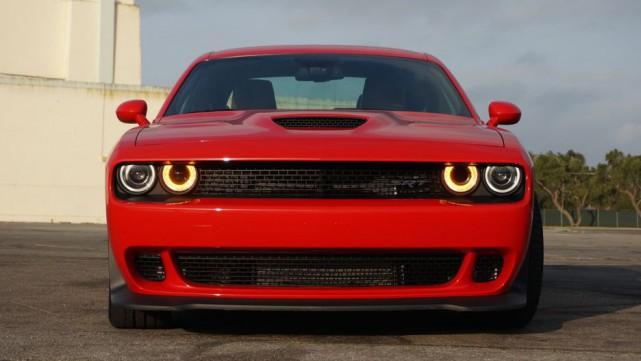 La prochaine Dodge Challenger aura encore un moteur... (Photo Dodge)