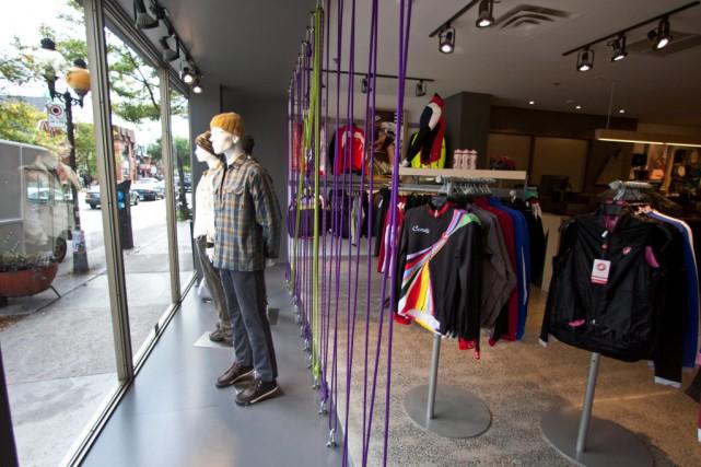 Le magasin MEC de la rue Saint-Denis vendait... (Photo Martin Chamberland, archives La Presse)