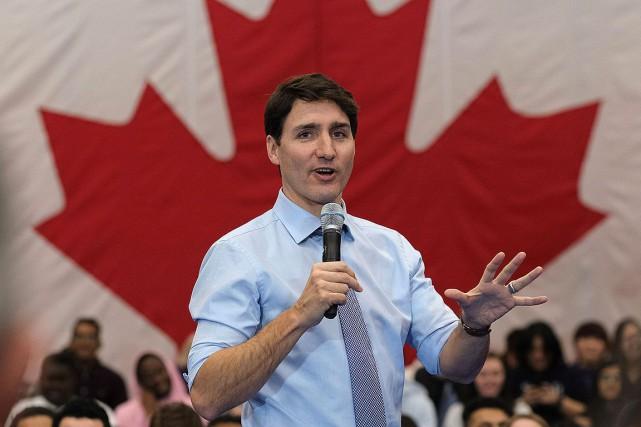Élections: Justin Trudeau promet être positif