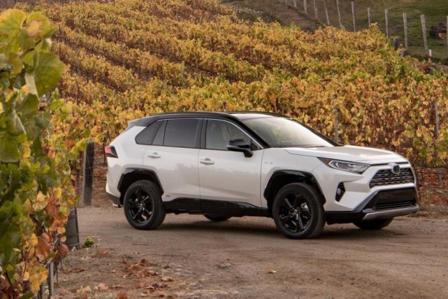 Toyota RAV4 hybride 2019... (Photo fournie par Toyota)