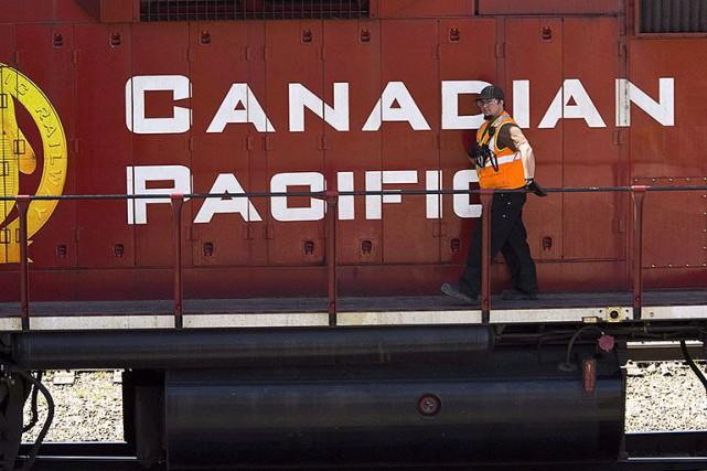 De 30 à 40wagons du Canadien Pacifique transportant... (Photo Jeff McIntosh, archives PC)
