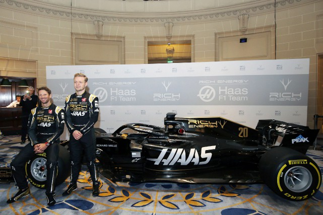 Romain Grosjean et Kevin Magnussen.... (Photo Steven Paston, Associated Press)