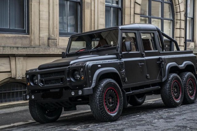 Urban Warrior Defender 6 x 6... (Photo fournie par Urban Warrior)