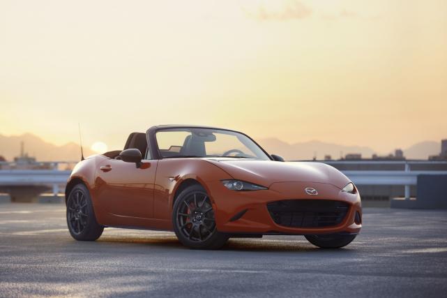 Seulement 3000 MX-5 Miata 30e anniversaire seront fabriquées... (Photos Mazda)