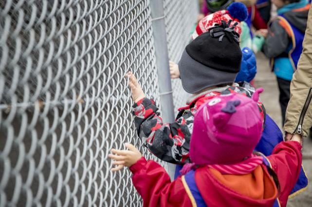 Les enfants pauvres qui sont très inattentifs à la maternelle ont 30 ans plus... (PHOTO MARCO CAMPANOZZI, ARCHIVES LA PRESSE)