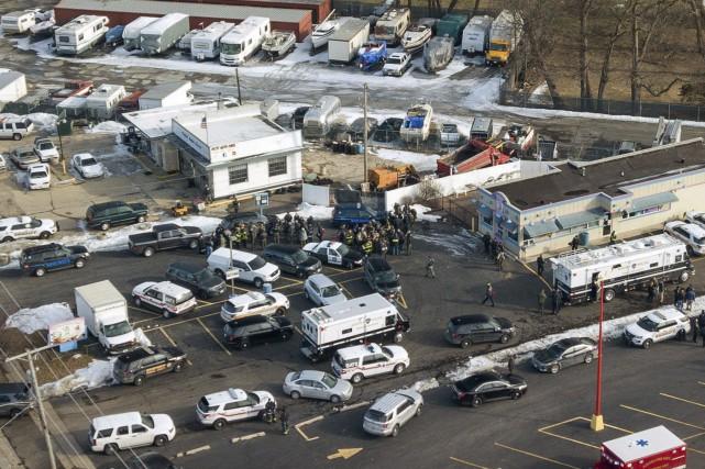 Les autorités ont précisé que le tireur a... (Photo Bev Horne, Associated Press)