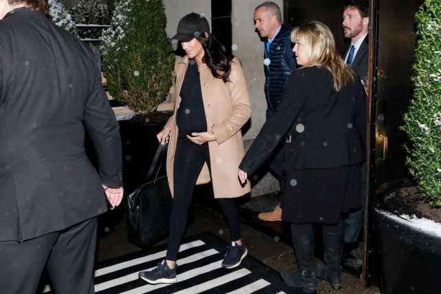 Meghan Markle à la sortie du Mark Hotel... (Photo Andrew Kelly, reuters)