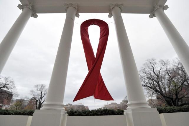 Le mot guérison revient sur les lèvres des spécialistes du sida. Aujourd'hui... (PHOTO JEWEL SAMAD, ARCHIVES AFP)