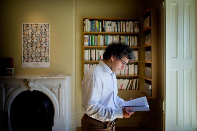 Jean-Philippe Warren, titulaire de la Chaire d'études sur... (PHOTO MARCO CAMPANOZZI, ARCHIVES LA PRESSE)