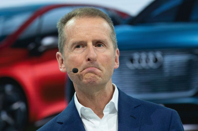 Herbert Diess, PDG du Groupe Volkswagen, a fait... (PHOTO CHRISTOPHE GATEAU, AP)