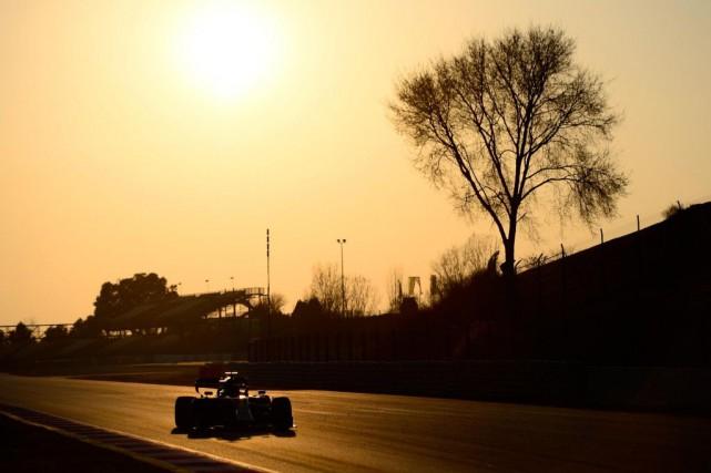 Après les essais hivernaux sur le circuit de... (PHOTOJOSEP LAGO, AGENCE FRANCE-PRESSE)