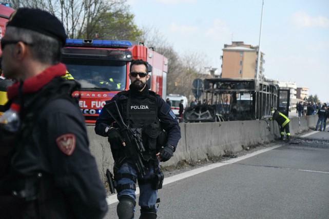 Prise d'otages près de Milan: une tragédie évitée de justesse