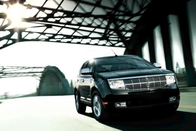 Lincoln MKX 2010... (PHOTO FOURNIE PARLINCOLN)
