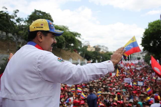 Venezuela: Maduro dénonce un «complot international» par les É.-U.