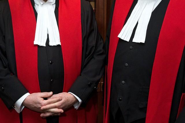 Les juges canadiens doivent-ils être actifs sur les réseaux sociaux? Comment... (PHOTO ROBERT SKINNER, ARCHIVES LA PRESSE)