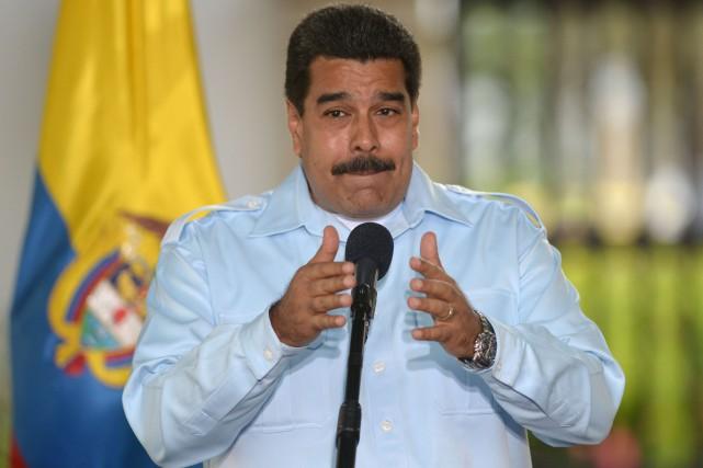 Le président Nicolas Maduro a dénoncé mercredi «l'arrogance» du... (PHOTO EITAN ABRAMOVICH, AFP)