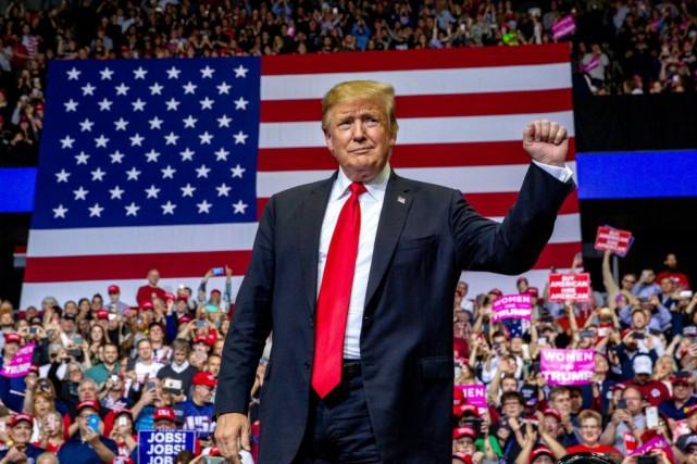 « Donald Trump s'entête, même si des républicains... (PHOTO ARCHIVES ASSOCIATED PRESS)