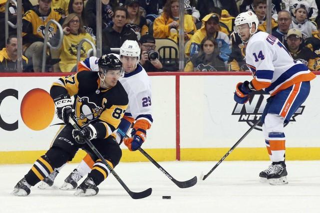 Les Islanders de New York ne sont plus qu'à une victoire de gagner seulement... (PHOTO CHARLES LECLAIRE, USA TODAY SPORTS)