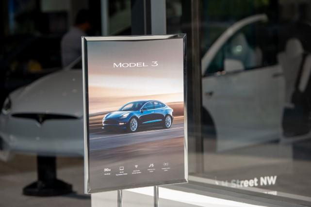 Le Modèle 3 de base, le moins cher,... (PHOTO SAUL LOEB, AFP)
