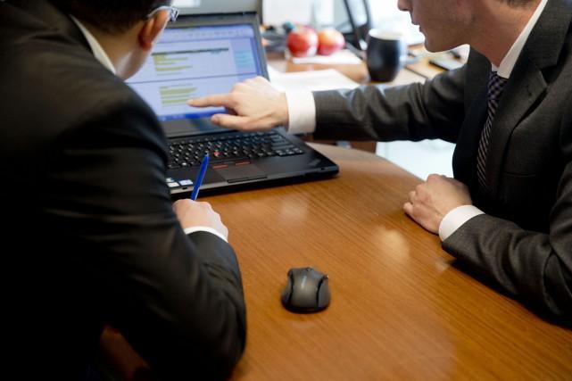 Le cliché du comptable caché tout seul dans... (PHOTO FRANCOIS ROY, LA PRESSE)