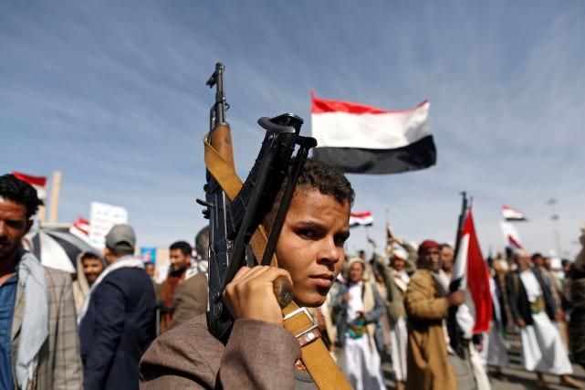 Les rebelles, qui contrôlent une bonne partie du... (PHOTO REUTERS)