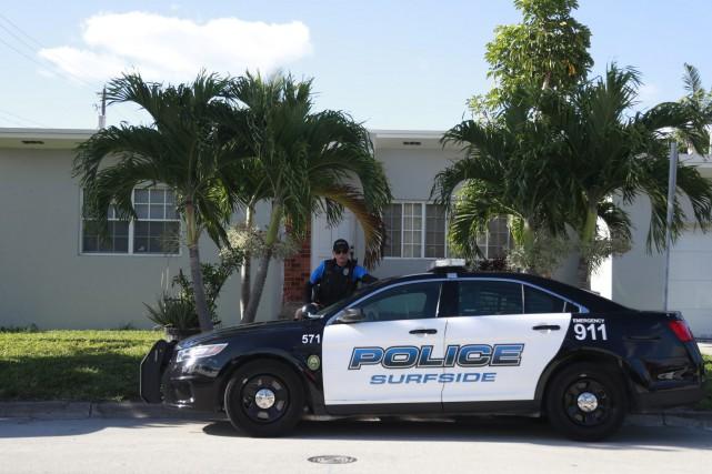 Une voiture de police de la ville de... (PHOTO AP)