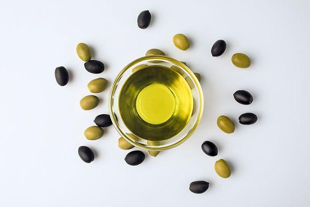 Consommée depuis des millénaires, l'huile d'olive est l'élément clé de la...