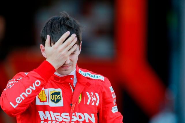 Charles Leclerc n'était pas content d'avoir perdu la... (PHOTO ZURAB KURTSIKIDZE, AFP)