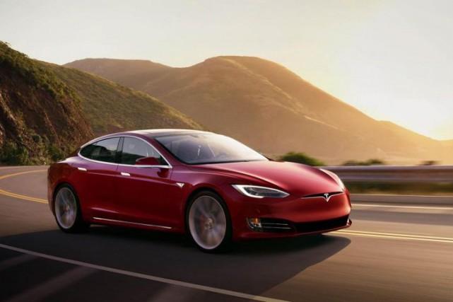 L'autonomie de la Tesla ModelS pourra atteindre 595km,... (PHOTO FOURNIE PARTESLA)