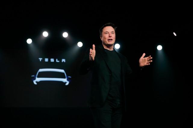 Tesla a besoin d'argent et va offrir des... (PHOTO JAE C. HONG, AP)