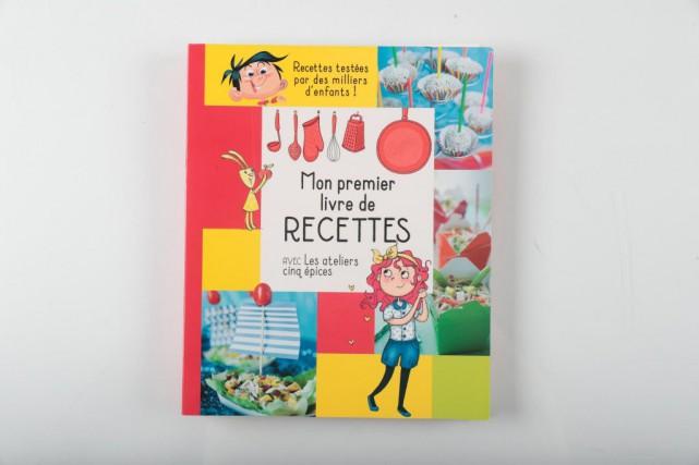 Mon premier livre de recettes avec Les ateliers... (PHOTO MARTIN CHAMBERLAND, LA PRESSE)
