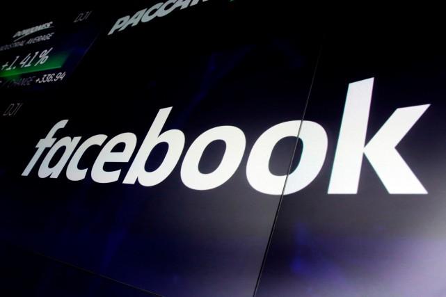 Les systèmes automatiques de Facebook génèrent des contenus à destination de... (PHOTO RICHARD DREW, ARCHIVES ASSOCIATED PRESS)