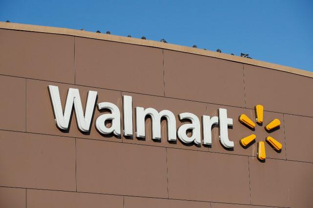 Le géant américain des grands magasins généraux, Walmart,... (PHOTO KAMIL KRZACZYNSKI, REUTERS)