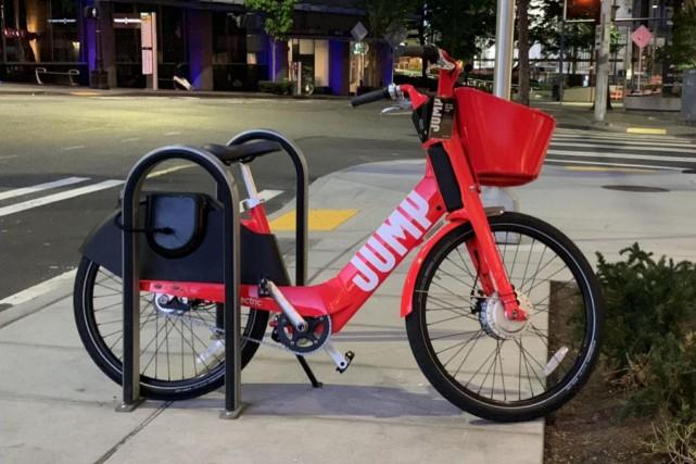 Uber devrait déployer les vélos rouges de sa... (PHOTOALAIN MCKENNA, COLLABORATION SPÉCIALE)