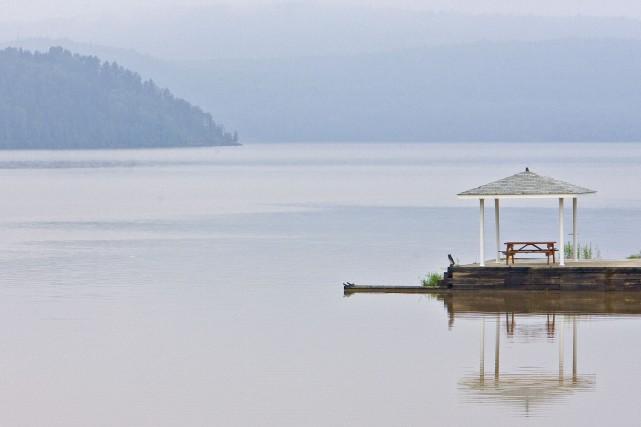 L'immense lac Témiscamingue n'arrive pas à se vider... (PHOTO PATRICK SANFAÇON, ARCHIVES LA PRESSE)