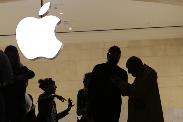 En 2011, des propriétaires d'iPhone avaient déposé plainte... (PHOTO AP)