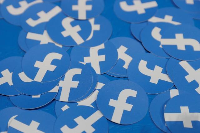Facebook va exiger que ses sous-traitants paient mieux leurs employés d'ici un... (PHOTO STEPHEN LAM, ARCHIVES REUTERS)