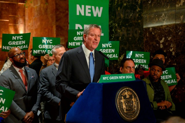 Le maire de New York Bill de Blasio... (PHOTO DON EMMERT, AGENCE FRANCE-PRESSE)