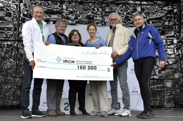 De gauche à droite:Richard Payette, André Couillard, Isabelle... (Photo fournie par l'IRCM)