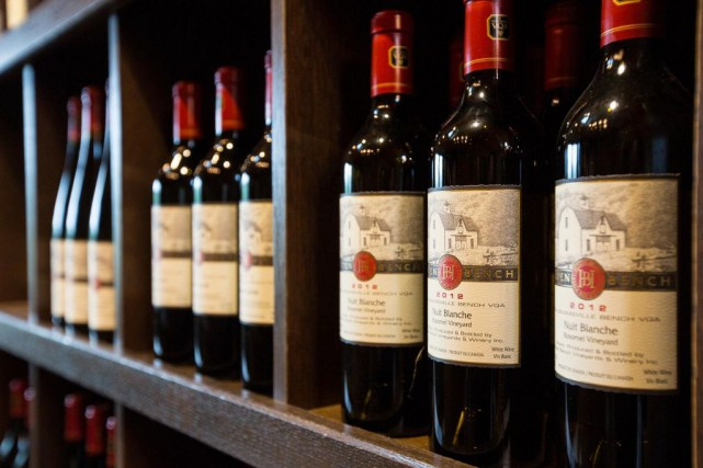 Le vin est toujours la boisson alcoolique préférée... (PHOTO EDOUARD PLANTE-FRÉCHETTE, ARCHIVES LA PRESSE)